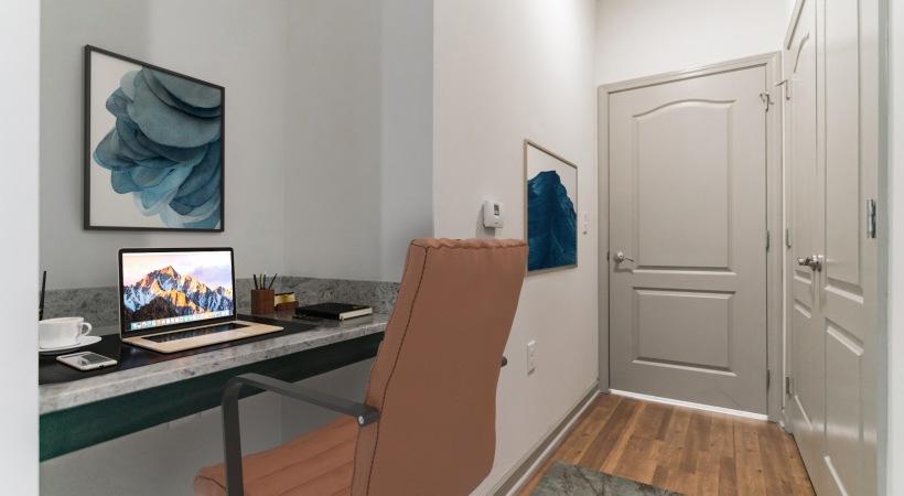 Built in desk entry way